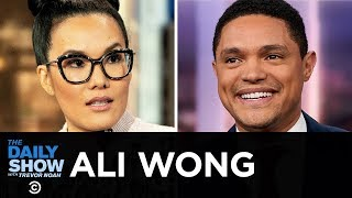 "Ali Wong - Lessons for Her Daughters in ""Dear Girls"" and Life as a Female Comic 
