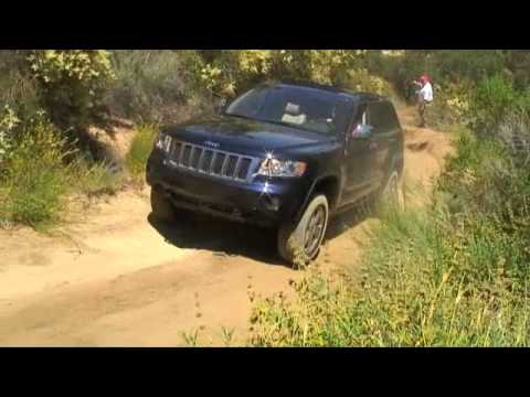 2011 Jeep Grand Cherokee Limited, Off-Road. Video