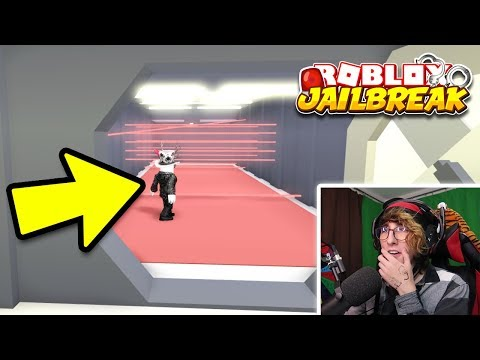 MY FIRST TIME PLAYING ROBLOX JAILBREAK... EVER!!