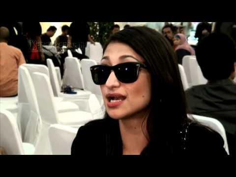 media lihat video sarah azhari ganti baju 3gp
