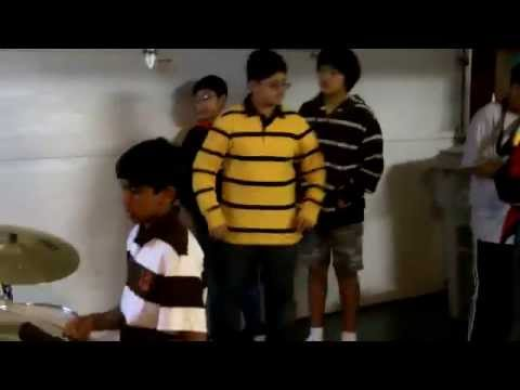 Subhash Ramesh/Michael Jackson Bilie Jean drums cover at birthday party - Subhash Ramesh performs Mi