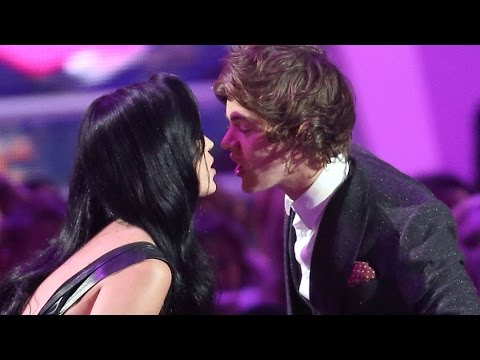 Harry Styles Dinner Date with Katy Perry?