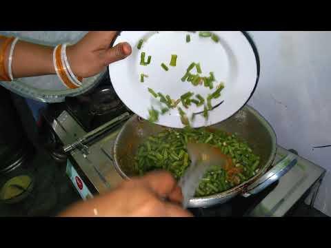 aloo barbati ki sabzi recipe in hindi kaise bnaye