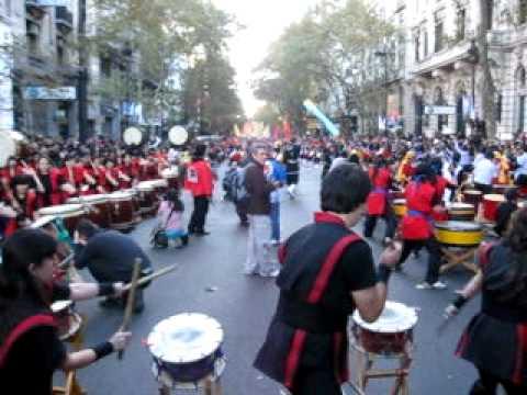 Desfile Nikkei Bicentenario Argentina 2010 - Kumi Taiko