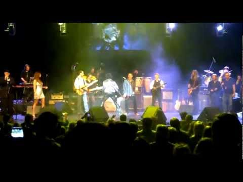 Jim Peterik and World Stage performing