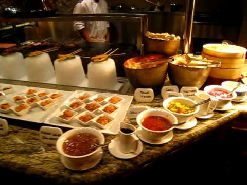Buffet at Kaleidoscope Restaurant in the Atlantis The Palm Hotel Dubai