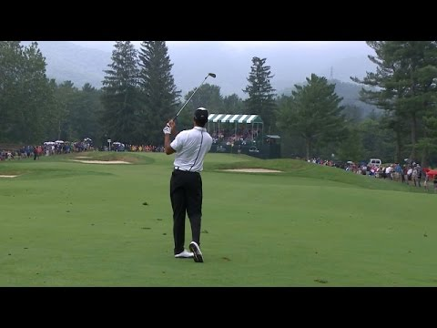 Tiger Woods sticks his approach 3 feet from the hole at The Greenbrier