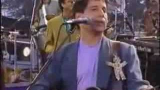 Watch Paul Simon The Obvious Child video