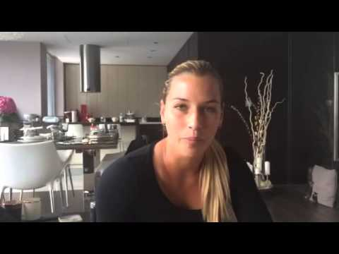 Dominika Cibulkova: Come with me & get a VIP backstage pass to the Australian Open 2015!