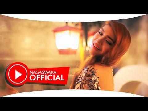 Oliv - Cinta Terbagi Dua - Official Music Video - NAGASWARA