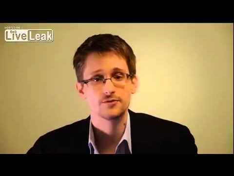 Edward Snowden congratulates Chelsea Manning