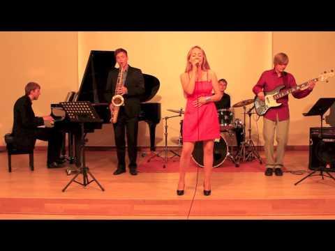 Jammin' Jazz Crew - Rockin' Around The Christmas Tree