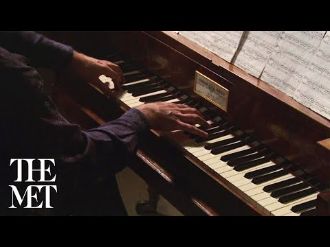 Graf Piano: Impromptu in G Flat Major by Franz Schubert, played by Michael Tsalka