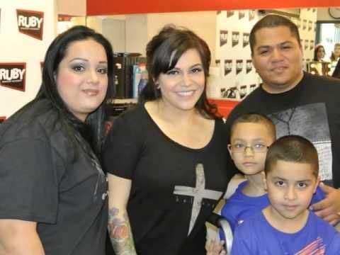"Entrevista con ""Jackie M. Rivera"" hija de ""Jenni Rivera"" (Ruby Makeup Academy)"