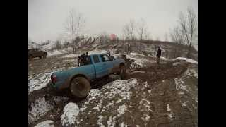 Bundy Hill Off Road Solid Axle Ranger through deep vally