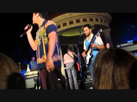 Bruno Mars Funny Moments On Stage (moonshine Jungle Tour) 2 2 video