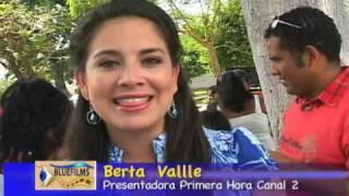Berta Valle saluda a Bluefilm´s.wmv