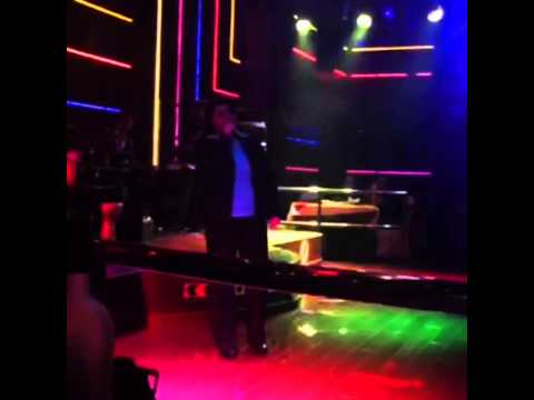 tapesh dubai iranin night club