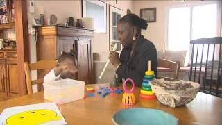 Abibatou, enfant sourde sénégalaise, opérée grâce a un élan de solidarité