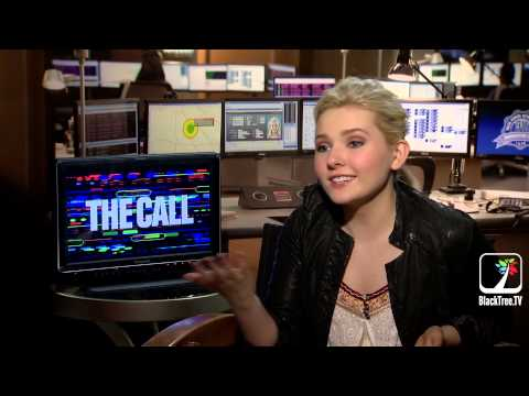 Abigail Breslin had to be in a trunk for several hours - Interview The Call