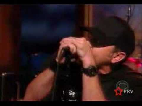 PENNYWISE - SOMETHING TO CHANGE - LIVE KILBORN 2004
