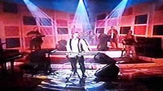 Watch Aleks Syntek Cuando Estoy Contigo video