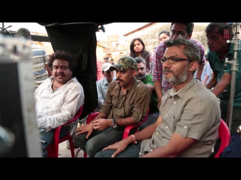Movie Shoot At Dharavi | Bhoothnath Returns | Amitabh Bachchan video