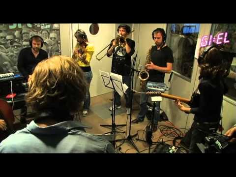 Gotye ' Somebody that I used to know '(cover)- la Boutique Fantastique live on 3FM Music Videos