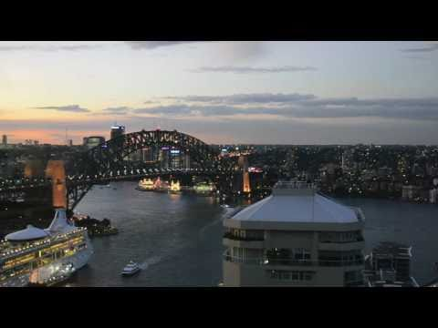 HD Sydney Harbour Bridge Time Lapse.