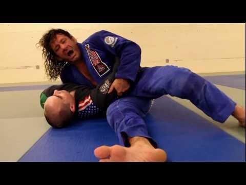 Kurt Osiander Move of the Week - Half Guard Pass Image 1