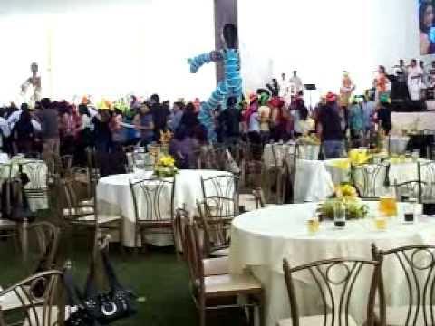 Unique Yanbal -Fiesta de Fin de Año 2010 -Joyería