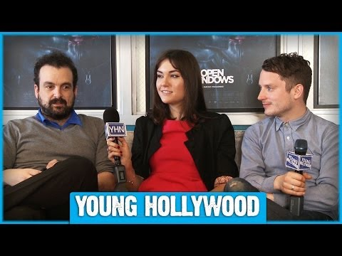 OPEN WINDOWS Stars Elijah Wood, Sasha Grey, & Nacho Vigalondo on Hashtags & Selfies!