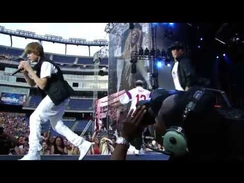 One Less Lonely Girl  Justin Bieber _ Gillette Stadium - Foxboro Massachusetts