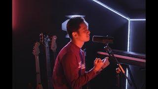 Download Lagu Bruno Mars - Versace On The Floor (Khel Pangilinan) Gratis STAFABAND
