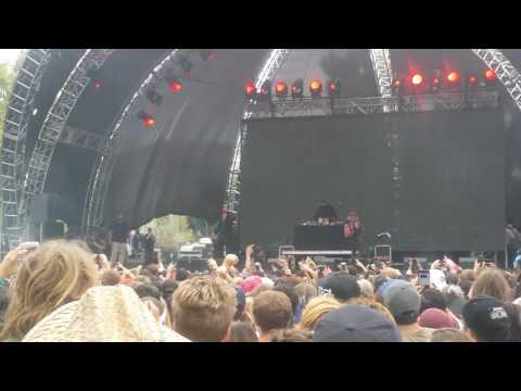 Gucci Mane - Back on Road [LIVE] @ Beach Goth Fest 2016