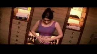 Download Kareena Kapoor Hot and Sexy Naked Clip 3Gp Mp4