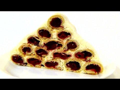 """Торт """"Монастырская изба"""" - нежное слоеное тесто, вишни и сметанный крем."""