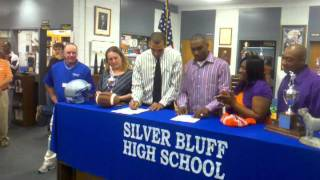 Silver Bluff's Tankersley and Robbins sign LOI