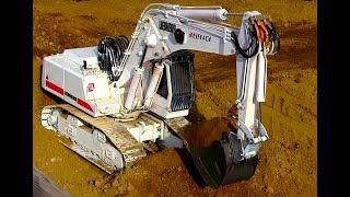White RC Excavator Liebherr 944 DEMOLITION working in Urmitz - Germany