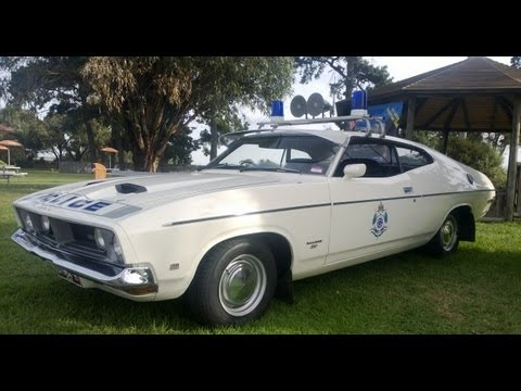 FORD falcon 500 XB COUPE VICTORIA POLICE INTERCEPTOR