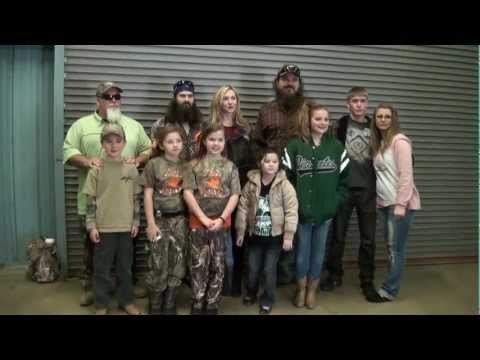 jase robertson in alabama smells like chlorine willie robertson phil