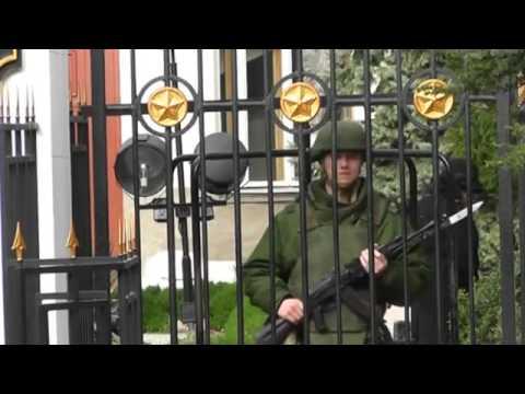Alarm in Ukraine as Putin puts Russian troops on alert