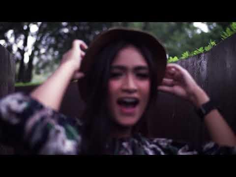Download Gita Baiq - Makanya |    Clip Mp4 baru