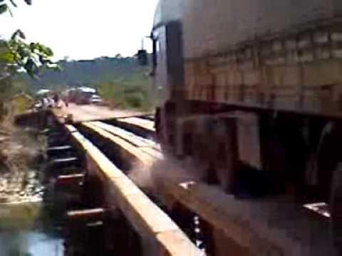Ponte na Amazonia km 80 - A Ponte que Caiu