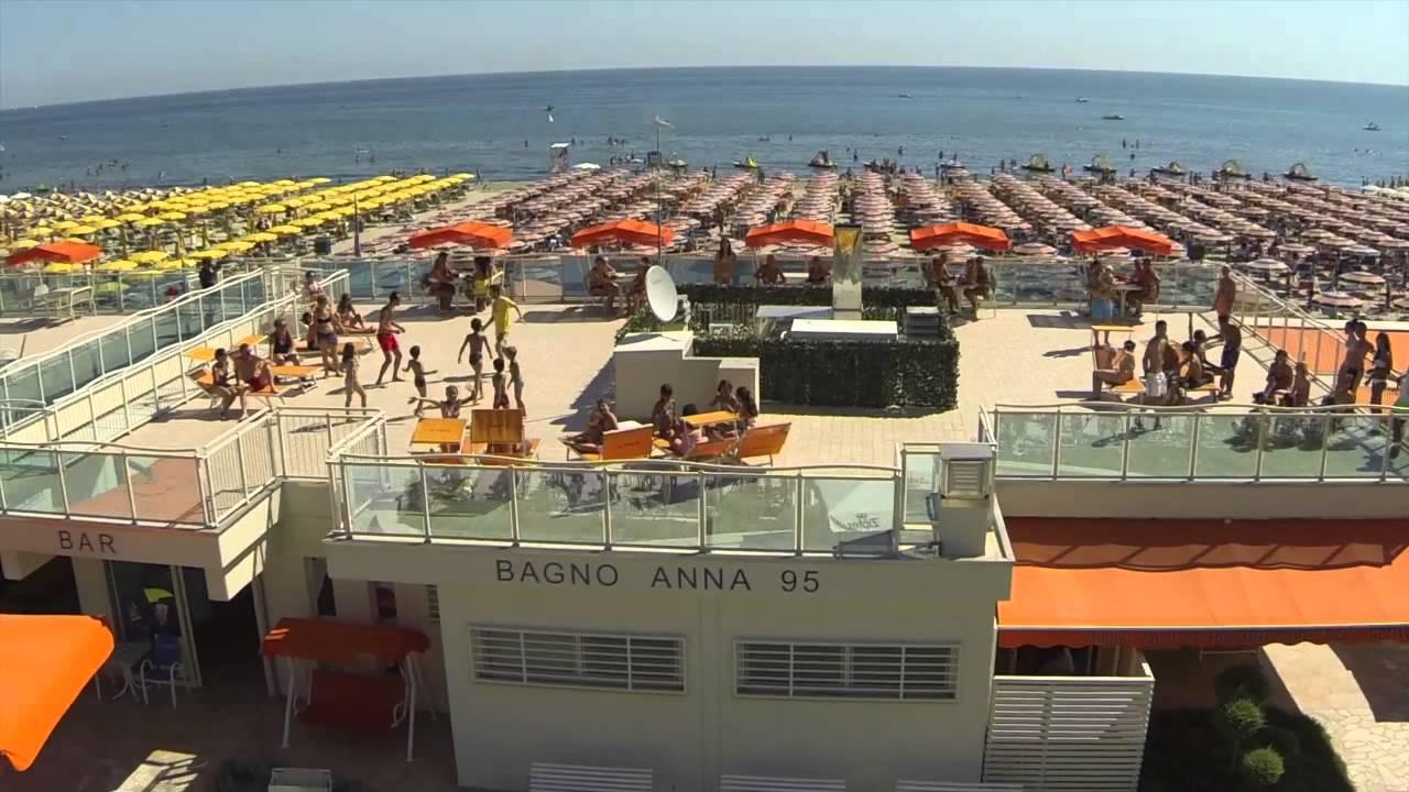 Hotel Zenith Pinarella di Cervia - YouTube