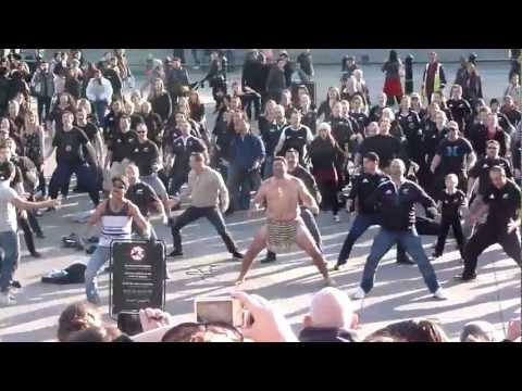Flash Mob Haka Trafalgar Square London 2012