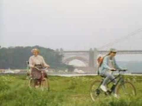 Mrs. Doubtfire Trailer