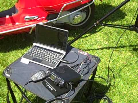 Vespa Scooter mobile HF station with Mini-Buddipole