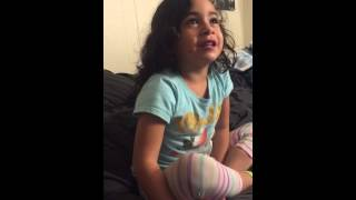 3 year old sings The Autumn Wind (Oakland Raiders)