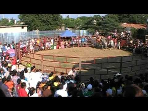 EL CHICUELO...CANTA EL ELEGIDO DE OAXACA